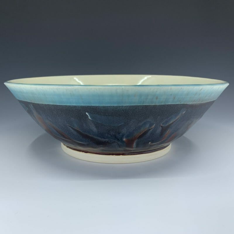 Serving Bowl - Calligraphy relief blue and raspberry